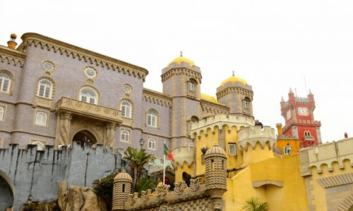Zdjecie PORTUGALIA / Sintra / Pena / Zamek w kolorach