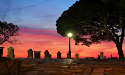 PORTUGALIA / - / Lizbona / Lizbona - zachód słońca