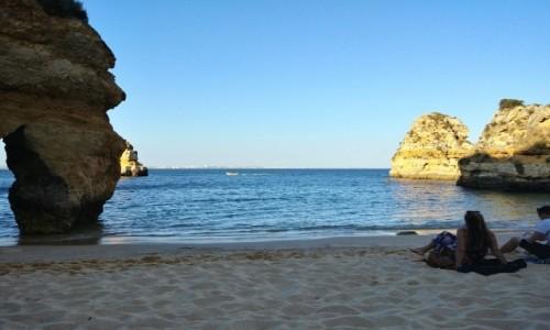 Zdjecie PORTUGALIA / Algarve / Lagos / Praia do Camilo wieczorem
