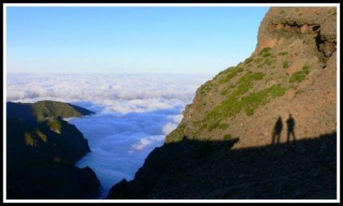 Zdjecie PORTUGALIA / Madera / W okolicach Pico das Torres 1851 m.n.p.m. / Chmury u stop