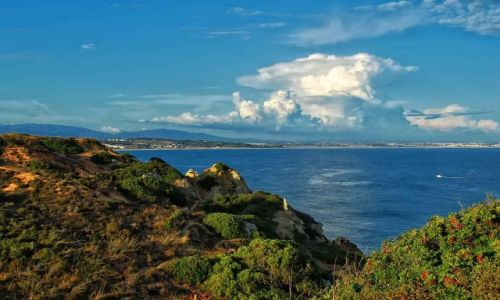 Zdjecie PORTUGALIA / Algarve / Lagos / Atomowy grzyb nad Lagos