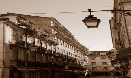 Zdjecie PORTUGALIA / Lizbona / okolice Rossio / Lisboa retro 1