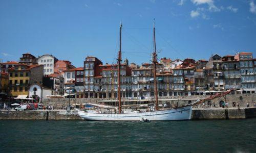 Zdjecie PORTUGALIA / Porto / Porto / Port na Douro w Porto
