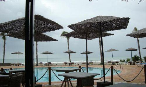 PORTUGALIA / brak / Lagos / Kawiarnia na plaży w Lagos