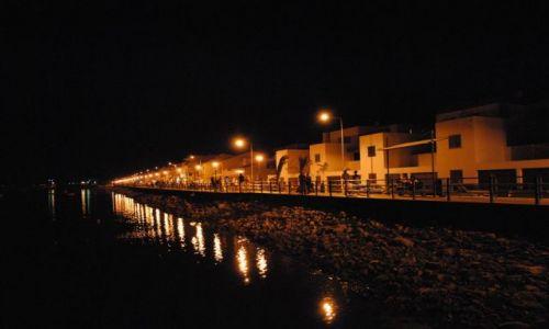 PORTUGALIA / Algarve / Cabanas / Deptak (nocą)