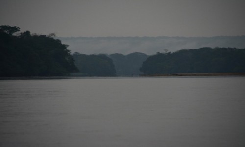 Zdjecie REPUBLIKA ŚRODKOWEJ AFRYKI / Sangha / Bomanjoko / Rzeka Sangha
