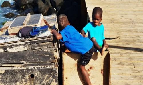 Zdjęcie REPUBLIKA ZIELONEGO PRZYLĄDKA / Ilho do Sal / Santa Maria / Najsłodsze afrykańskie maleństwa
