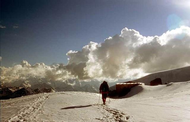 Zdjęcia: Kaukaz, Kaukaz, Powrót do kanciapy po 12 godzinach, ROSJA