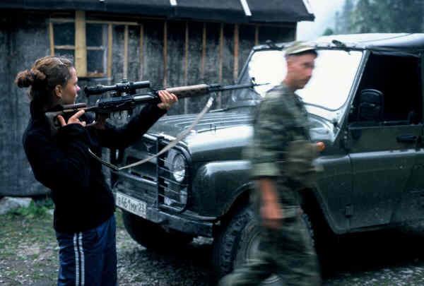 Zdjęcia: Kaukaz, Kaukaz, Spotkanie z patrolem, ROSJA