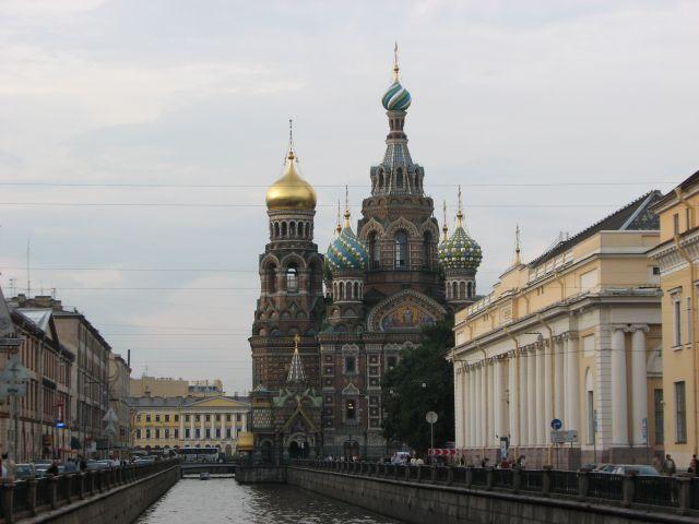 Zdjęcia: SANKT PETERSBURG, przy Kanale Gribojedowa, Cerkiew Zmatrwychwstania Panskiego odslona 3, ROSJA