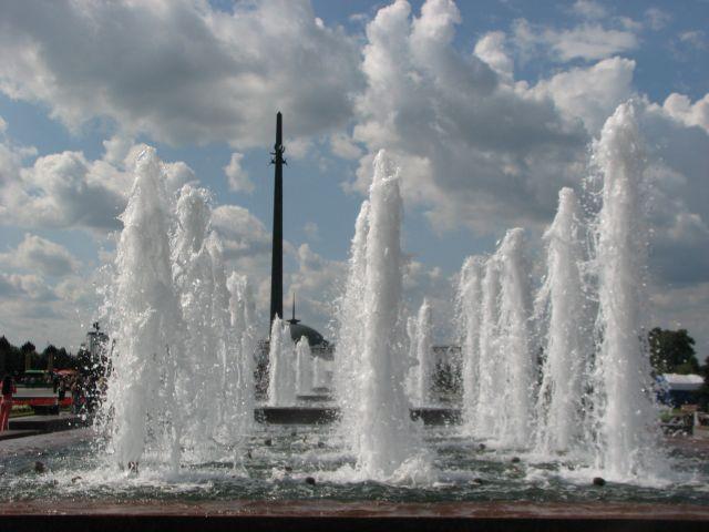 Zdjęcia: Moskwa, Plac Zwycięstwa, FONTANNY, ROSJA