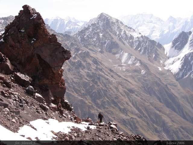 Zdjęcia: Elbrus, Kaukaz, Poza granicą wiecznego śniegu, ROSJA
