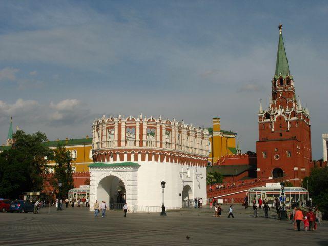 Zdjęcia: Moskwa, Moskwa, wejście na Kreml, ROSJA