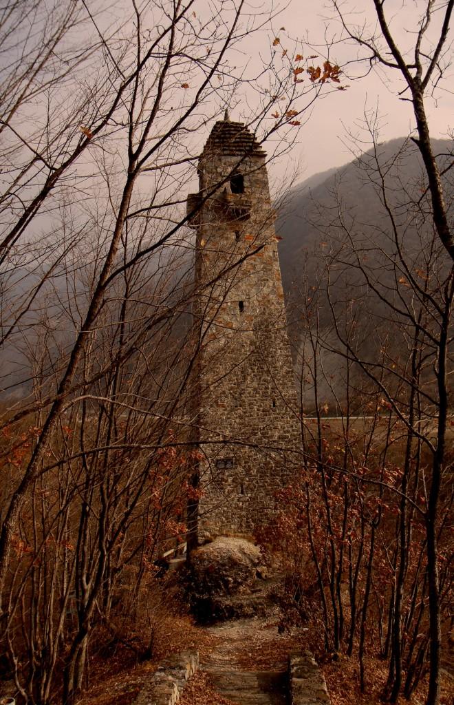 Zdjęcia: Czeczenia, płn. Kaukaz, Wieże obronne Czeczenii,, ROSJA