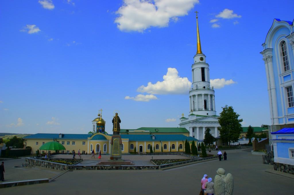 Zdjęcia: Okolice Moskwy, Okolice Moskwy, Klasztor, ROSJA