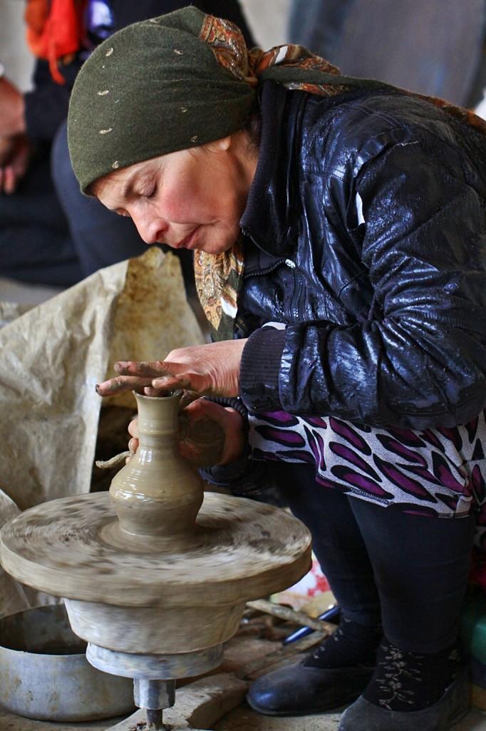 Zdjęcia: wioska Bałchar, płn. Kaukaz, Nie święci garnki lepią..., ROSJA