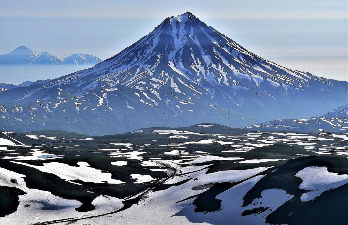 Zdjęcia: Stoki wulkanu Goriełyj, Kamczatka Góry Wschodnie, Wiluczynskij Wulkan, ROSJA