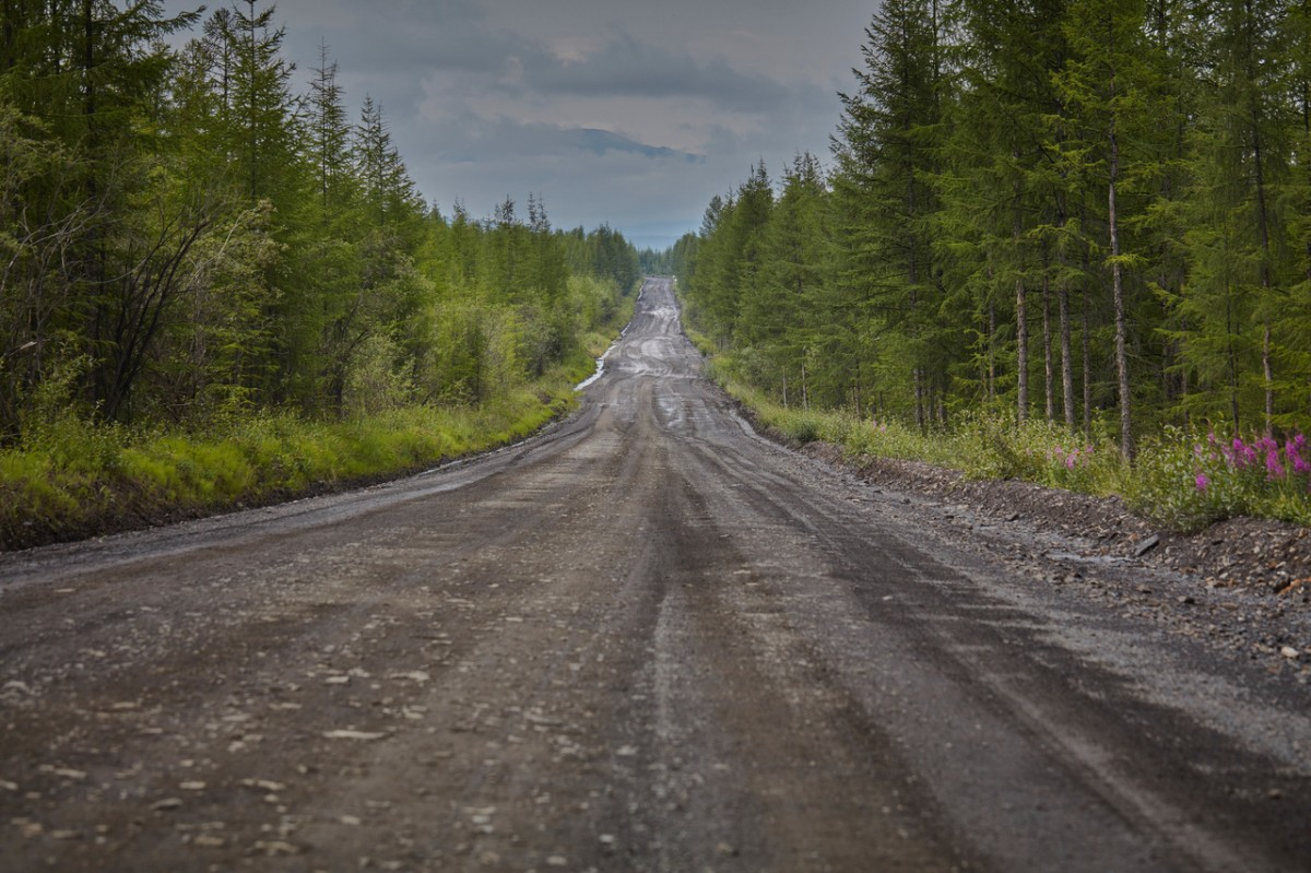 """Zdjęcia: Komymski trakt ( trasa między Jakuckiem a Magadanem), Jakucja, """"droga kości"""", ROSJA"""