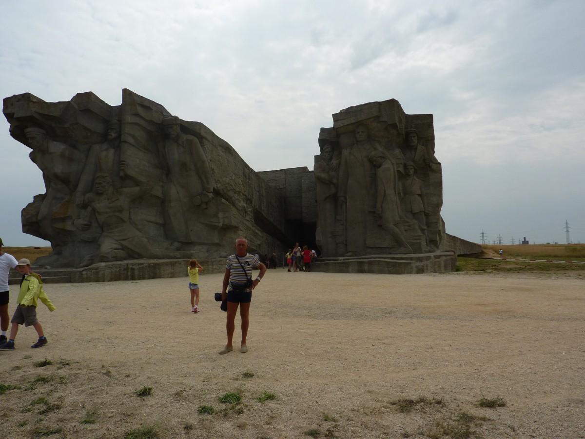 Zdjęcia: Muzeum adżymuszkajskich kamieniołomów, Krym, Miejsce historycznej pamieci, ROSJA