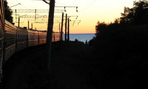 Zdjęcie ROSJA / - / Buriacja / Widok na Bajkal z pociągu