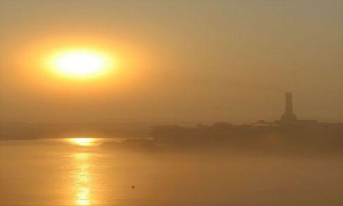 Zdjęcie ROSJA / - / Irkuck / Wschód slońca nad Angarą