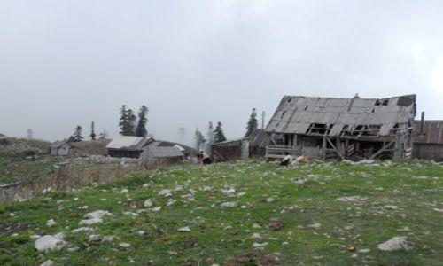 ROSJA / Abchazja / okolice Gagry / Abchaska wioska w górach