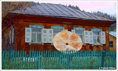 ROSJA / Republika Altajska / Artybasz / Typowa architektura Syberii