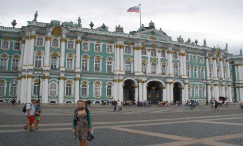 ROSJA / Sankt Petersburg / Plac Pałacowy / Ermitaż