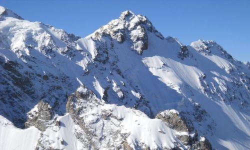 ROSJA / Kaukaz / Dolina Bezingi / Ułłuauz Baszi widziany z południowo-zachodniej grani Ukju