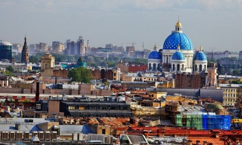 Zdjęcie ROSJA / St. Petersburg / sobór Św. Izaaka Dalmatyńskiego / Panorama z widokiem na cerkiew Św. Trójcy