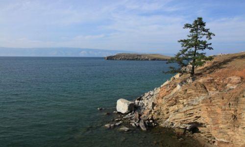 Zdjęcie ROSJA / Irkuck / Olchon / Strome brzegi Jeziora Bajkał