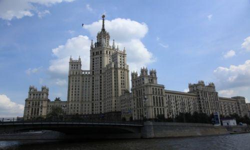 Zdjecie ROSJA / Moskwa / Nad rzeką Jałza / Apartamenty z czasów Stalina