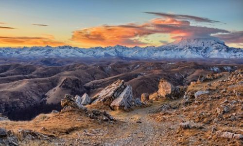 Zdjecie ROSJA / Kaukaz Północny / Karaczajo - Czerkiesja - Elbrus / Konkurs - tam wrócę