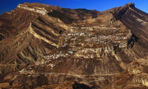 Zdjęcie ROSJA / płn. Kaukaz / okolice płaskowyżu Gunibskiego / Widok na Gunib