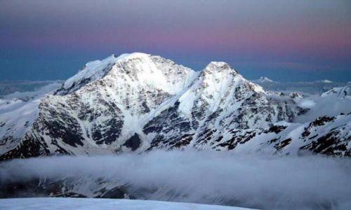ROSJA / Kaukaz / Z rodgi na Elbrus / Siodemka