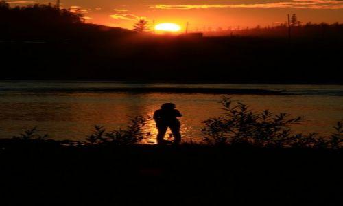 Zdjęcie ROSJA / Buriacja / Buriacja / Nad   rzeką...