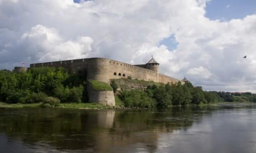 Zdjecie ROSJA / -Leningradzki / Iwangorod / Wybudowny na polecenie Iwana Groźnego