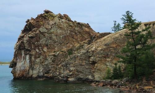Zdjęcie ROSJA / Jezioro Bajkał, Wyspa Olchon / Przylądek Burchan / Skała, która patrzy