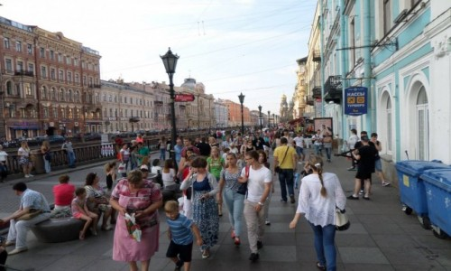 Zdjecie ROSJA / St Petersburg / Ulice St. Petersburga / Normalność