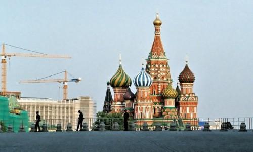 Zdjęcie ROSJA / Moskwa / Sobór Wasyla Błogosławionego / Nowe, stare i trzech sołdatów