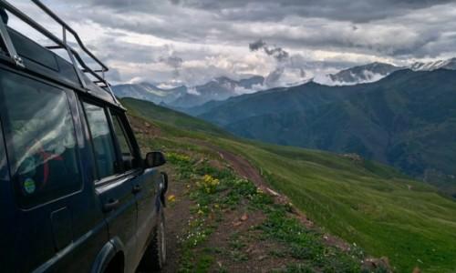 Zdjecie ROSJA / Czeczenia / Kaukaz Czeczeński / Przez góry Czeczenii