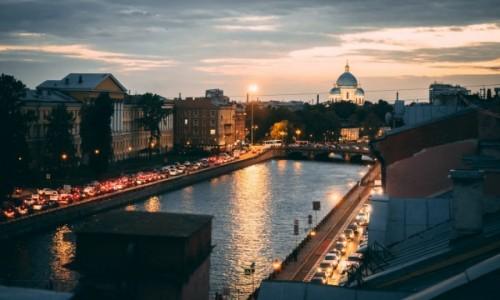 Zdjecie ROSJA / Petersburg / Petersburg / Dachy Petersburga