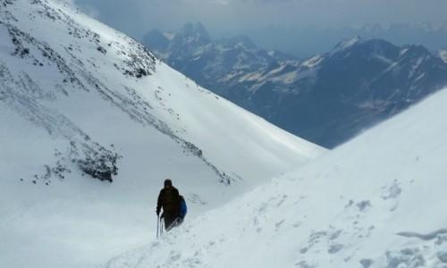 Zdjecie ROSJA / Kaukaz / Elbrus / Elbrus jeszcze setka do góry :-)