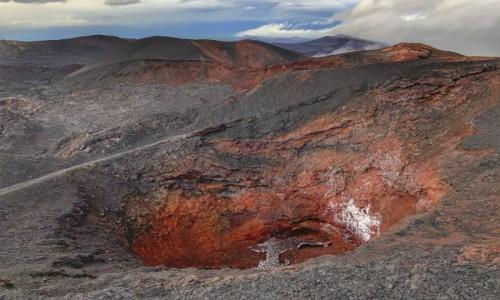 ROSJA / Kamchatka / Kluczewskaya Park Nsrodowy / Krater Wulkanu pod Tolbaczikiem