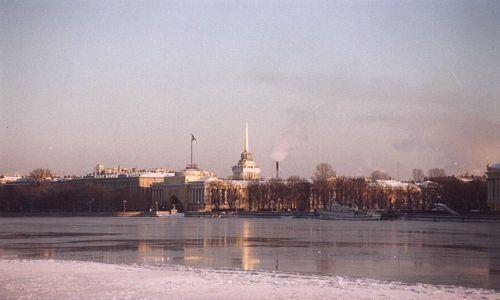 Zdjecie ROSJA / brak / Sankt Petersburg / nad Newą