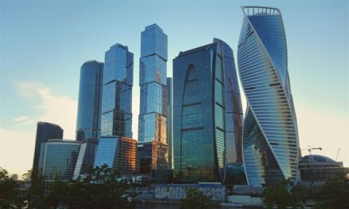 Zdjecie ROSJA / Moskwa / Moskwa / Drapacze chmur w Moskwie