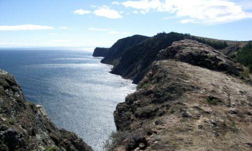Zdjecie ROSJA / Syberia / Wyspa Olchon / Bajkał-skalist wybrzeże