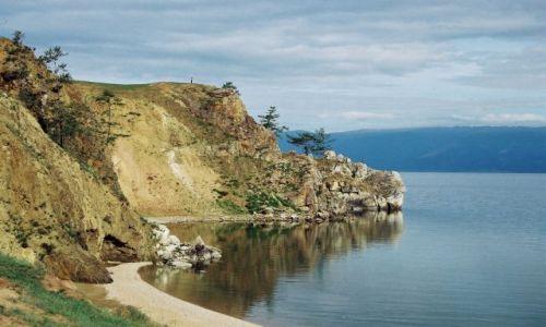 Zdjecie ROSJA / Syberia / wyspa Olchon, okolice Chużyru / Brzeg Bajkału