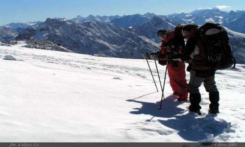 ROSJA / Kaukaz / Elbrus / Daniel i Slawek w drodze do Priuta 11