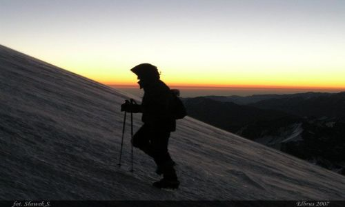 ROSJA / Kaukaz / Elbrus / W drodze na 5642